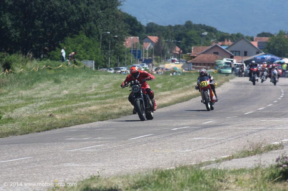11467-nagrada-kragujevca-2014---moto-klasik-0